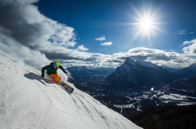 Ski_Snowboard_Mount_Norquay_Paul_Zizka_6_Horizontal