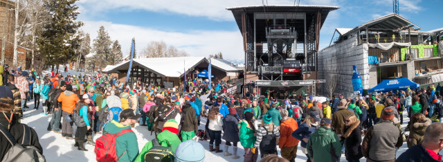Music under the tram at Jackson Hole