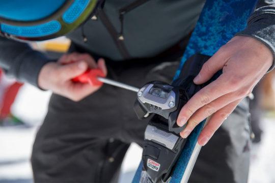 New NOS Atomic Ski Boot Grip Plates Toe Plates Set White /& Black ISO DIN 5355